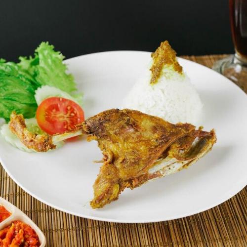 Nasi Putih + Bebek Goreng Paha